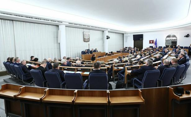 Senacka komisja przeciw odrzuceniu nowelizacji o KRS.