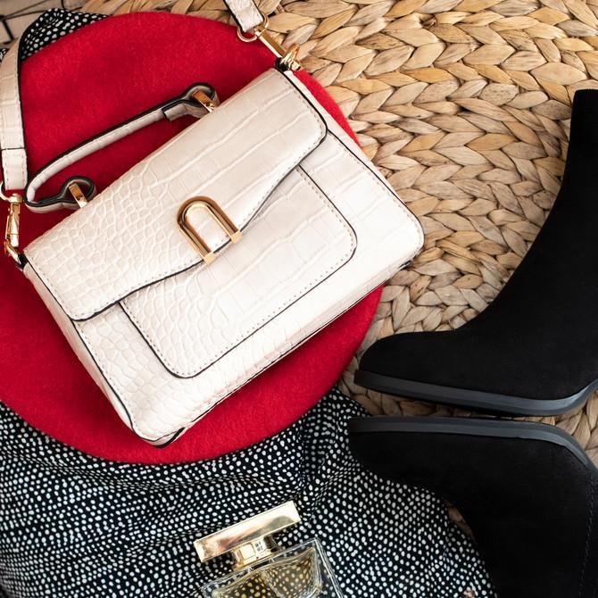 Prava prolećna torbica
