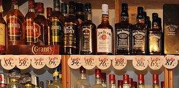 Noworodek w monopolowym. Jak bardzo pijani byli rodzice?