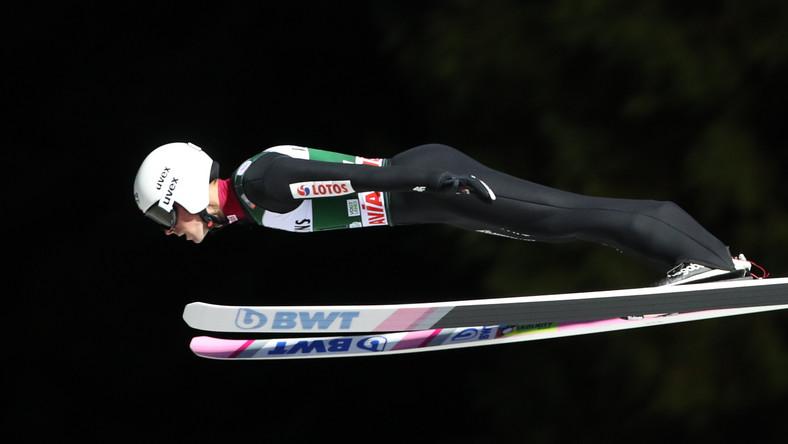 Piotr Żyła, podczas podczas pierwszej serii indywidualnego konkursu Pucharu Świata, w skokach narciarskich