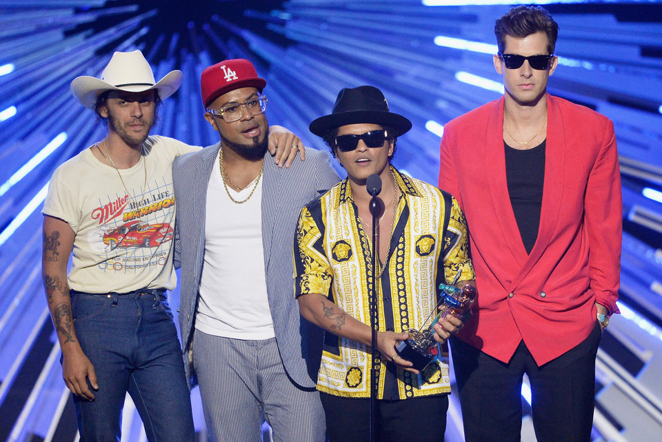 "Bruno Mars-""Uptown Funk"" i The Gap Band-""Oops Upside Your Head"""