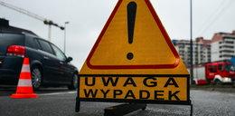 Tragiczny wypadek w Warszawie. Kierowca zasłabł, auto zapaliło się