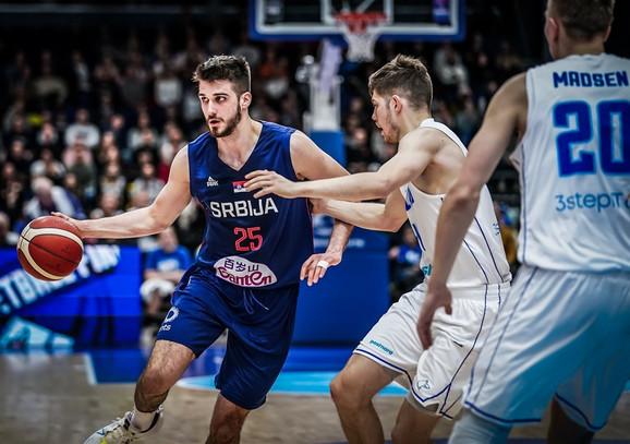 Rade Zagorac na utakmici 1. kola kvalifikacija za Evropsko prvenstvo u košarci, Finska - Srbija