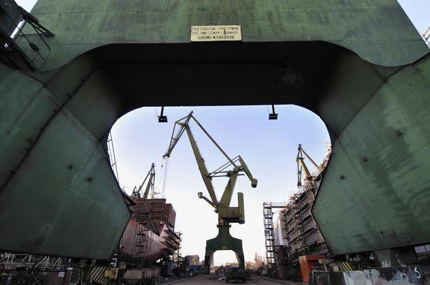 Dwie osoby zatrudnione przy likwidacji majątku Stoczni Szczecińskiej Nowa i Stoczni Gdańskiej bezpodstawnie domagają się 22 mln zł wynagrodzenia za sprzedaż stoczniowego majątku.