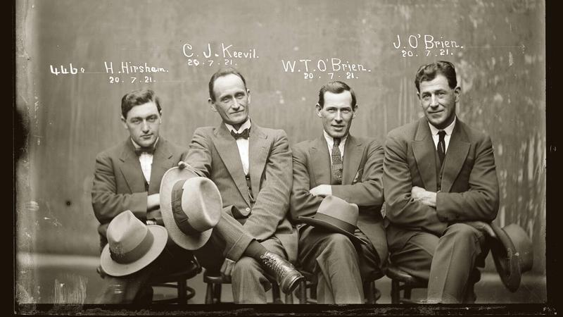 Zdjęcia kryminalistów z lat 20.