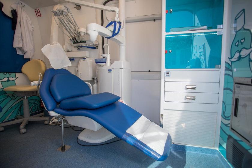 Katowice. Miasta muszą zapewnić uczniom opiekę dentystyczną