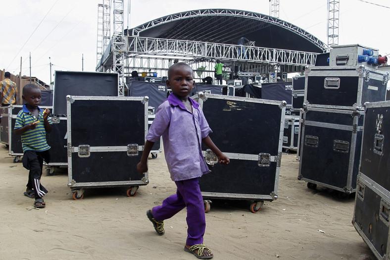 """Festiwal muzyki miejskiej Anoumabo po śmierci """"króla kongijskiej rumby"""""""