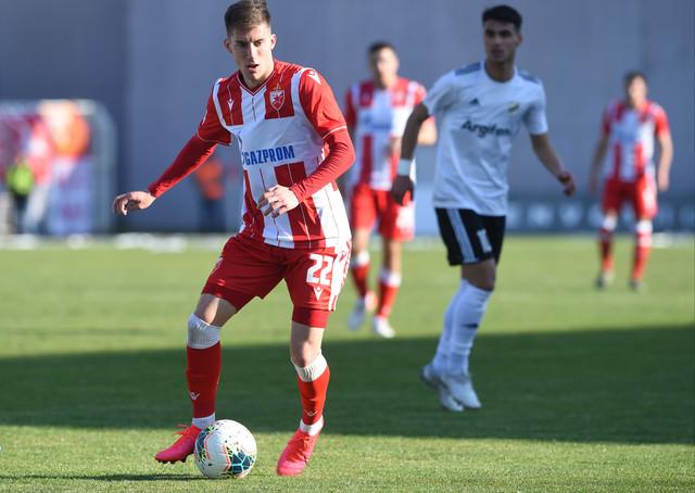 Veljko Nikolić na utakmici Čukarički - Crvena zvezda