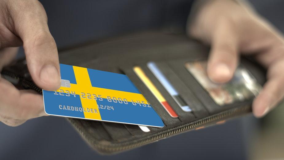 Zarobki w Szwecji. Średnia pensja to 35,3 tys. koron, czyli ok. 15 tys. zł