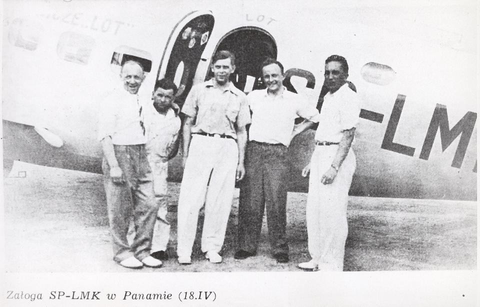 Pierwszy eksperymentalny rejs LOT-u ze Stanów Zjednoczonych do Warszawy. Tu jeszcze w Panamie, wraz z kapitanem Makowskim ówczesnym dyrektorem LOT-u. 13 maja 1938 roku załoga wystartowała na pokładzie Lockheeda L-14 o rejestracji SP-LMK z Bourbank obok Los Angeles, z międzylądowaniami w Meksyku-Panamie-Peru-Chile-Argentynie-Brazylii-Senegalu-Maroko-Tunezji-Włoszech ostatecznie wylądowała 5 czerwca 1938 roku w Warszawie. Załoga spędziła w powietrzu w sumie 85 godzin, pokonując dystans 24 850 km.