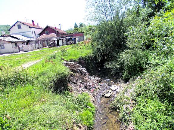 Gabrovačka reka u niškoj opštini palilula kao deponija