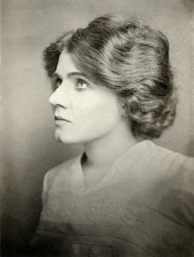 Florens Lorens oko 1908.