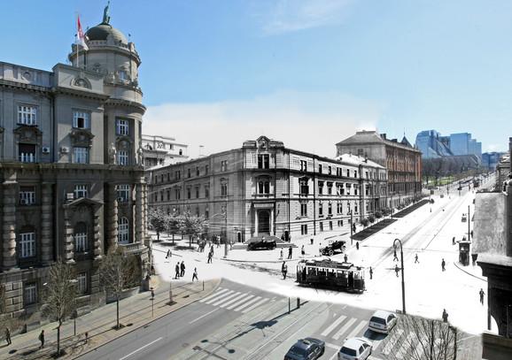 """Ministarstvo vojno - Zgradu koja se nalazila na uglu Nemanjine i Kneza Miloša, a koja je srušena 1941, projektovao je arhitekta Jovan Ilkić oko 1895. i ona je posle Velikog rata bila dograđena. Na toj parceli je podignuta jedna od dve zgrade """"bliznakinje"""" po projektu Nikole Dobrovića. Gradnja Generalštaba završena je 1965, a kompleks koji je ušao u svetske arhitektonske enciklopedije teško je oštećen tokom NATO bombardovanja (kliknuti + za uvećanje)"""