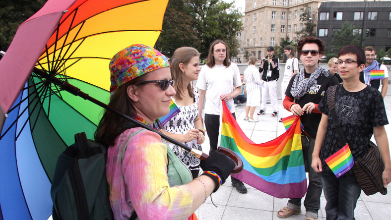 spotyka się z rosyjskim gejem oficjalnie umawiamy się na streaming vf