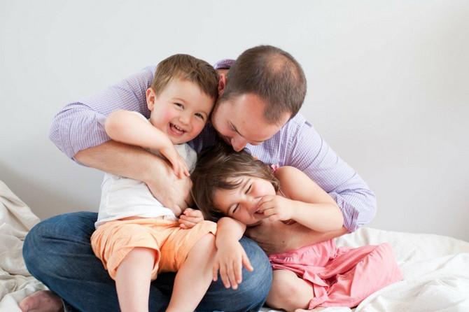 Tražite da vam deca prepričaju kako su se provela kod drugara, opisujte razne predmete, igrajte se rečima