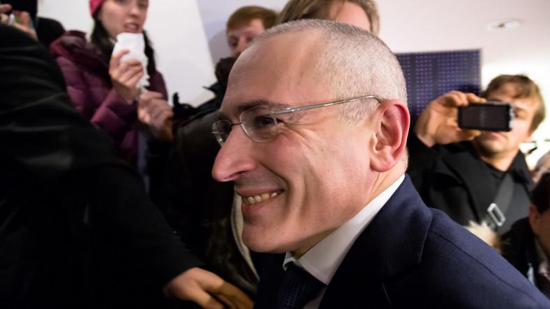 Michaił Chodorkowski chce wyjechać w Szwajcarii. Prosi o wizę