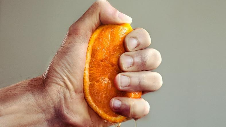 How much Vitamin C the body needs to fight off cold.