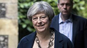 Brytyjska premier chce kontrolować internet
