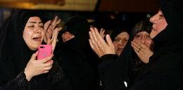 Ciało Sulejmaniego przyleciało do Iranu. Na ulicach tłumy żałobników
