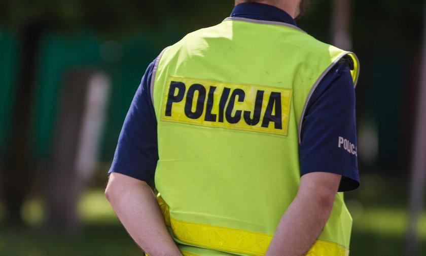 Koronawirus w Polsce: policjanci zrobili grilla w Poznaniu