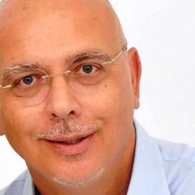 Nenad Pandurović, Vesnin muž