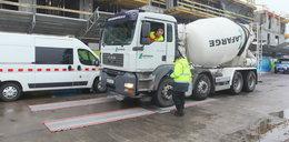 Ważą ciężarówki na Odolanach