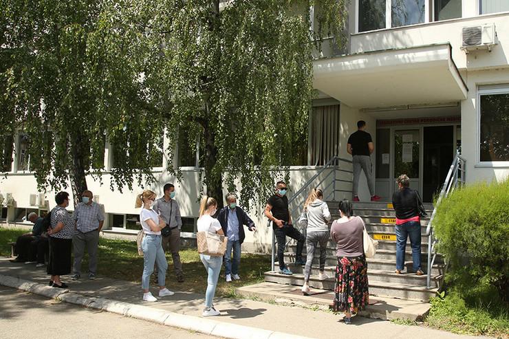 virus korona maske dom-zdravlja-banjaluka-01-foto-S-PASALIC