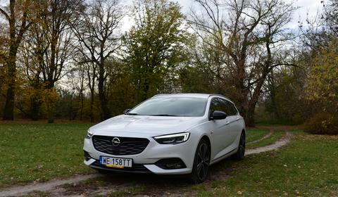 Opel Insignia 2.0d Sports Tourer – spokojna alternatywa dla GSi | TEST