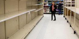 Klienci rzucili się na zakupy, ale tego nikt nie chciał. Co zostało na półkach?