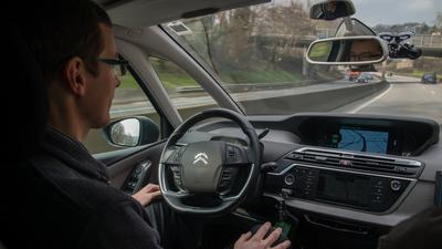 Samochody autonomiczne w Polsce. ITS już się szykuje