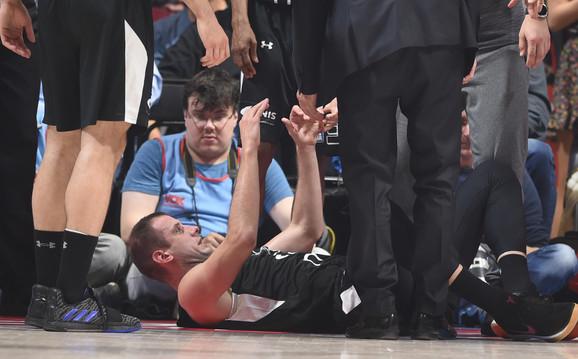 Novica Veličković, kapiten KK Partizan, povredio se u prvoj utakmici polufinala