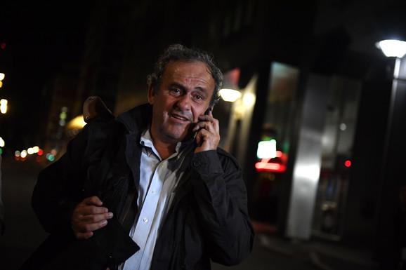 Mišel Platini posle izlaska iz pritvora