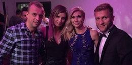Błaszczykowski i Grosicki z żonami na imprezie. Lubią disco-polo