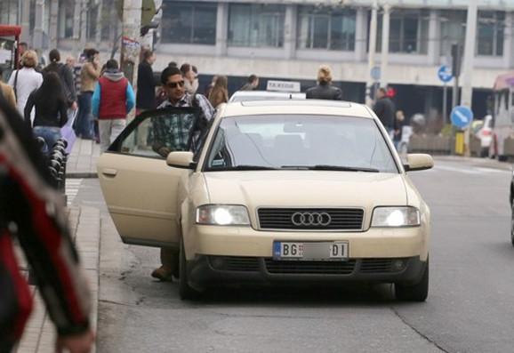 Mnogi taksisti bez TX tablica