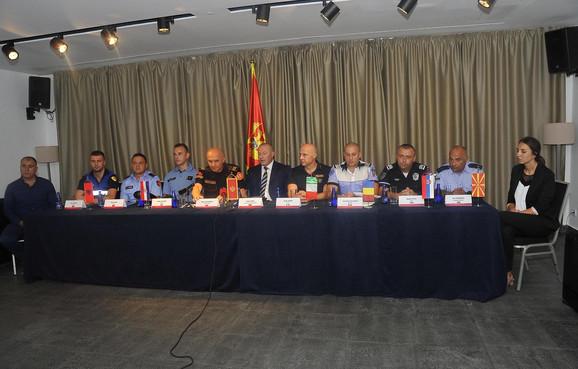 Policajci u zajedničkim akcijama