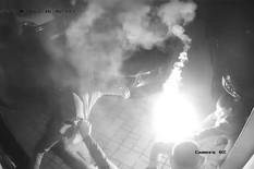 Vređanje, šutiranje, pa NAPAD BAKLJAMA: Dvojica radnika iz Srbije napadnuti u Hrvatskoj (VIDEO)