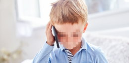 """""""Mama nie chce się obudzić"""". Przypadkowy telefon 7-latka z niezwykłymi konsekwencjami"""