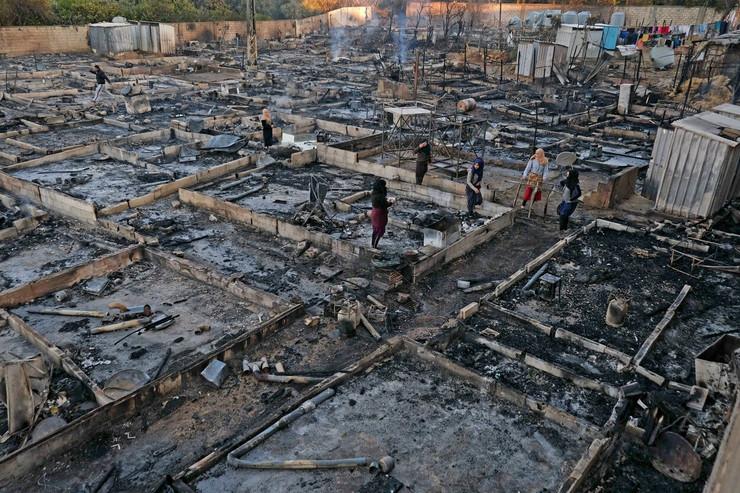 Požar u izbegličkom kampu u Libanu