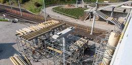 Trwa remont schodów na przystanku PST Kurpińskiego