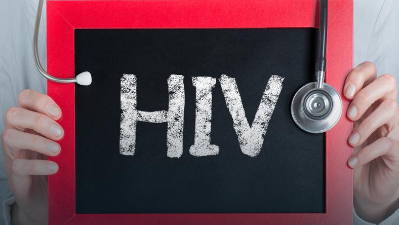 Wirus HIV atakuje starsze pokolenie