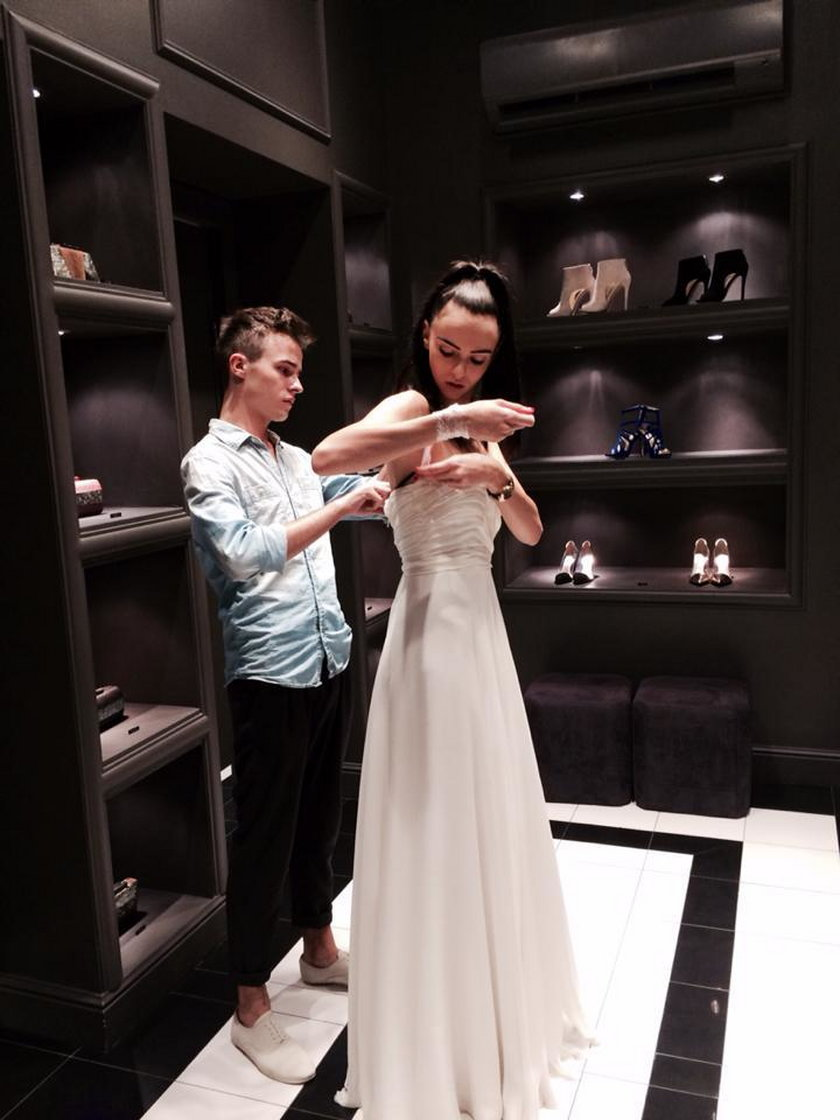 Marcela Leszczak w sukni ślubnej