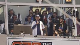 Bill Murray śpiewa dla bejsbolistów