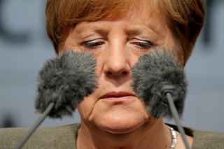 Czy da się podgryźć Angelę Merkel choćby w sondażach?