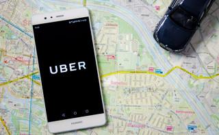 """Co zrobić, by legalnie wozić pasażerów w czasach """"lex Uber"""""""