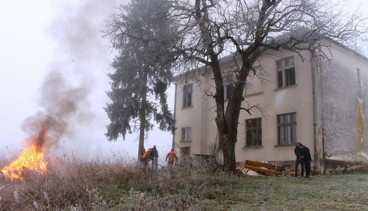Skola u Bereku foto Milan Pilipovic