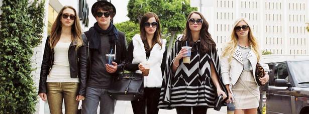Emma Watson, Israel Broussard, Taissa Farmiga, Katie Chang i Claire Julien
