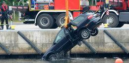 Samochód wjechał do kanału portowego. Nie żyje mężczyzna
