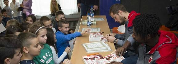 Čaušić i Boaći u školi