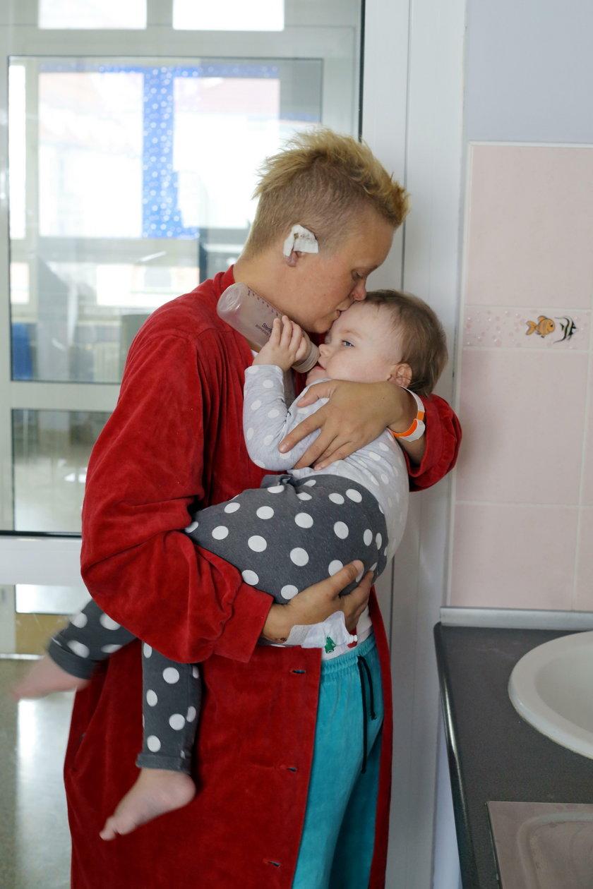 Pani Justyna z córeczką