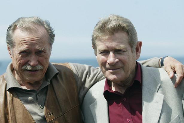 Stanislaw Mikulski i Emil Karewicz w Miedzyzdrojach w 2004 r. fot. jacek herok --- Newspix.pl
